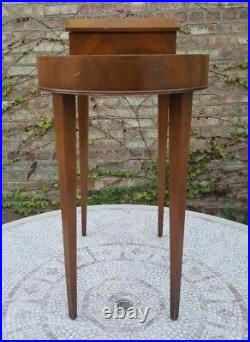 Vintage Rare Heirloom Weiman 8203 Smoking Table Interior Decorate Sleak Design